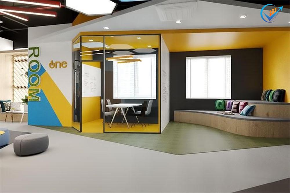 Thiết kế nội thất văn phòng đa sắc màu hoặc nhiều hình khối