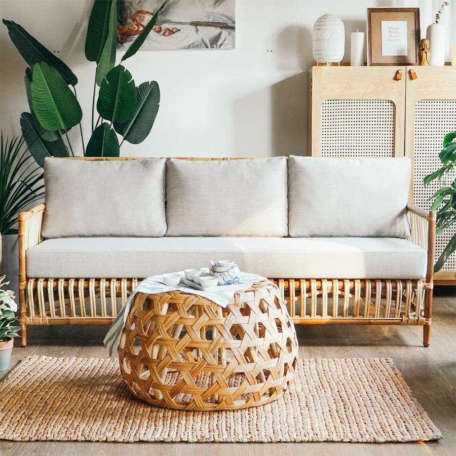 sofa-may-sang-mau-khien-can-phong-them-rong-rai