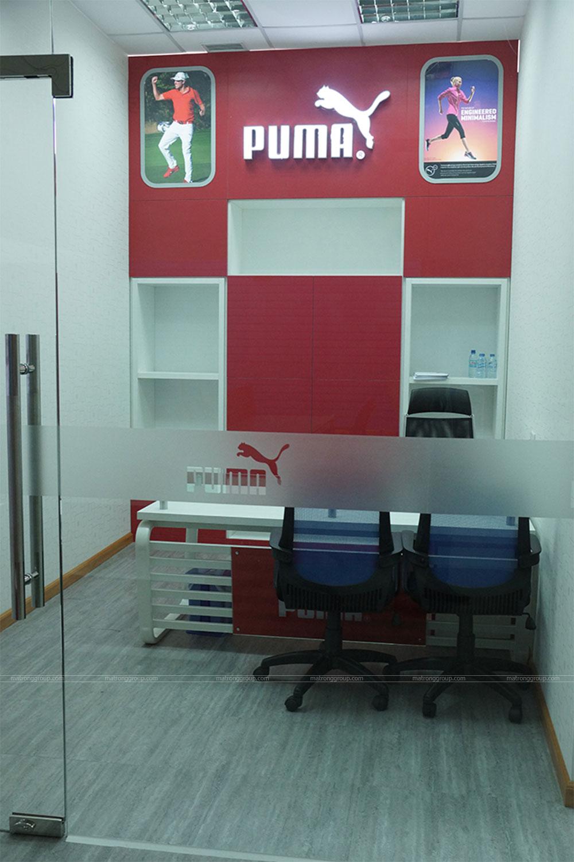 thiết kế showroom thời trang Puma 3