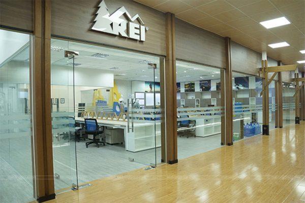 thiết kế thi công trụ sở văn phòng làm việc REI 1