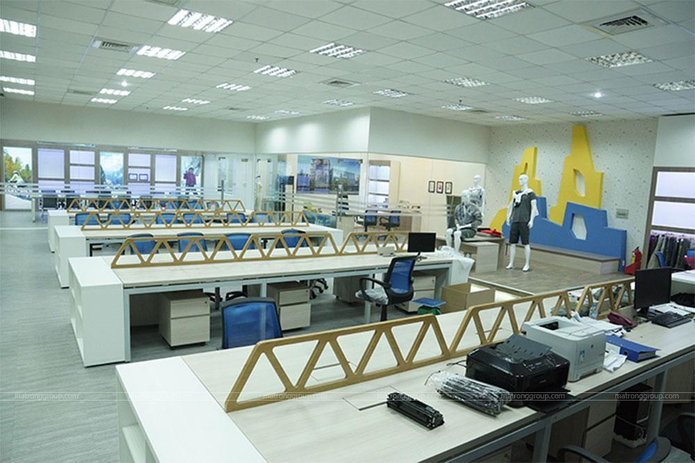 thiết kế thi công trụ sở văn phòng làm việc REI 6