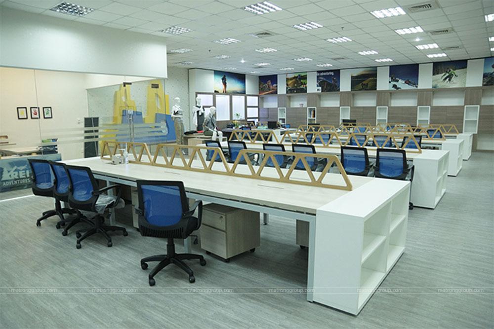 thiết kế thi công trụ sở văn phòng làm việc REI 8